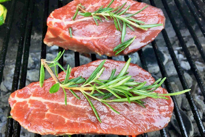 bio-fleisch-grillen-bbq-grillfleisch-niederosterreich-rind-lamm-pute-schwein-wild-bison