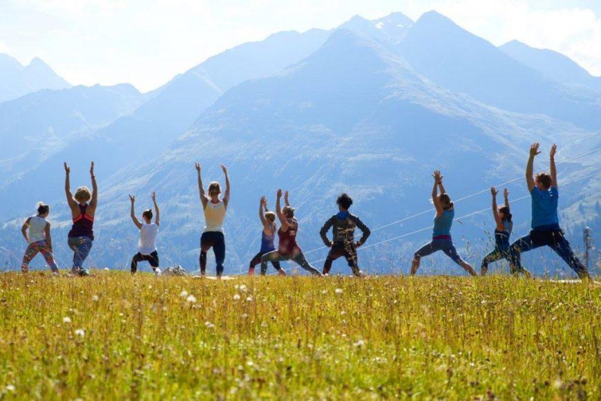 Mountain Yoga Festival St. Anton Berge AbHof Gewinnspiel Yogafestival