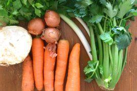 Gemüsepaste Suppengemüse Karotten Sellerie Zwiebel Rezept